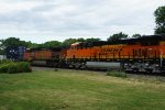 BNSF 7016 with 5211