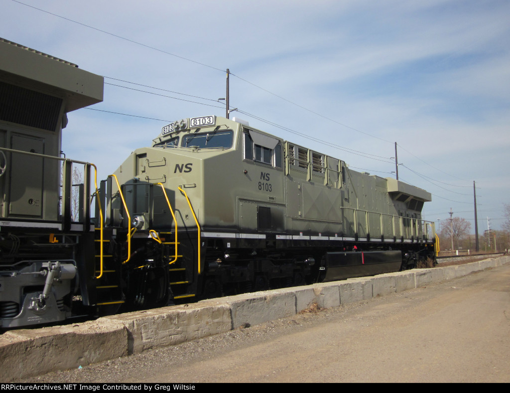 NS 8103 in primer fresh from GE, before getting it's heritage N&W paint scheme