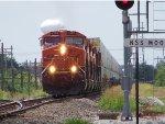 BNSF ES44DC 7489