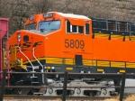 BNSF 5809