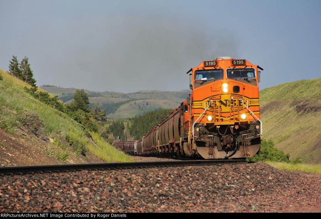 BNSF 5195