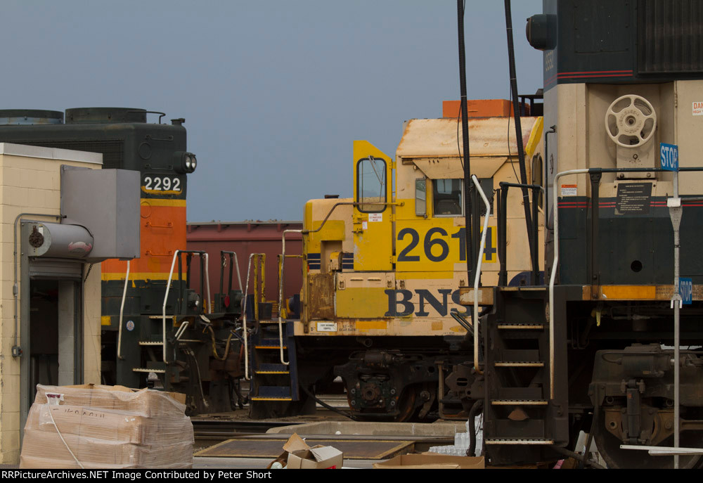 BNSF2292, BNSF2614 and BNSF9552 in the yard
