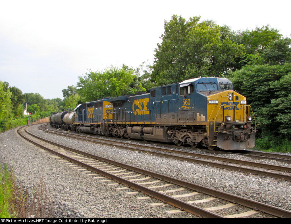 CSX 560 and 8406