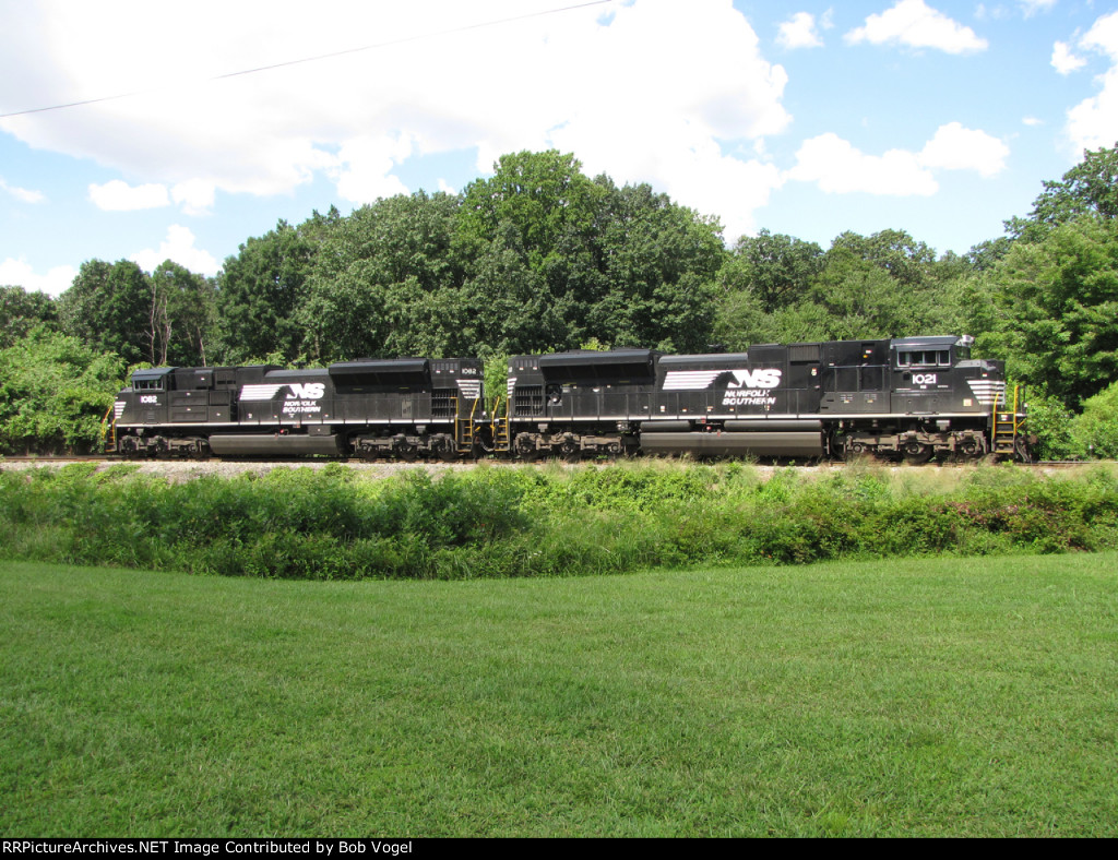 NS 1021 and 1082