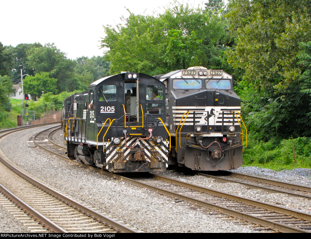 NS 2105 and 7527