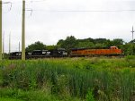 BNSF 6424 and NS 1082