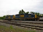 CSX 6922 and 2282