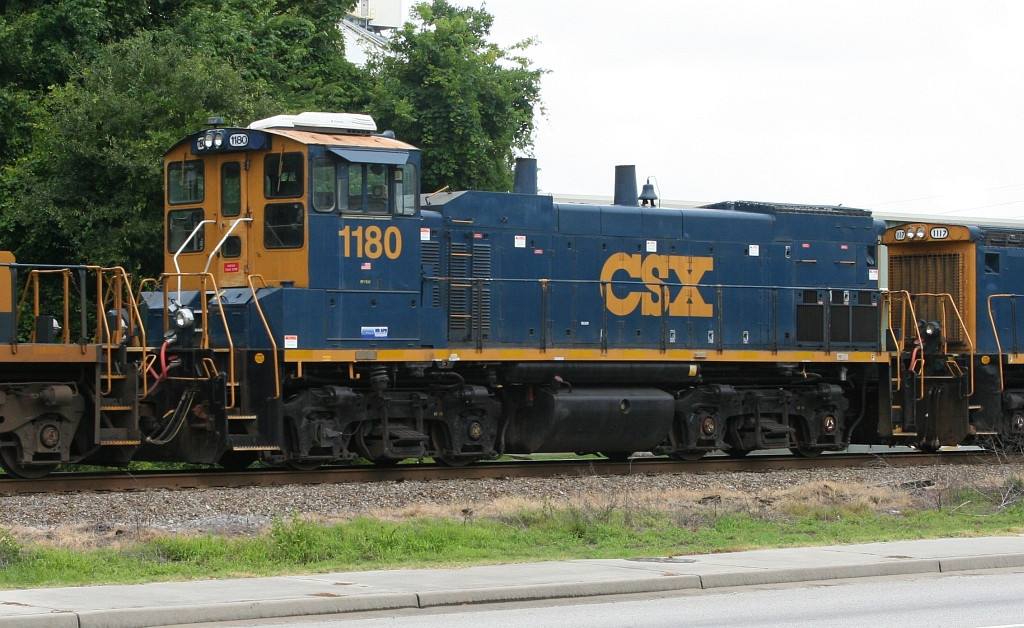 CSX 1180 on the local