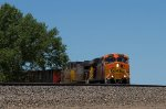 BNSF5743 and UP5870