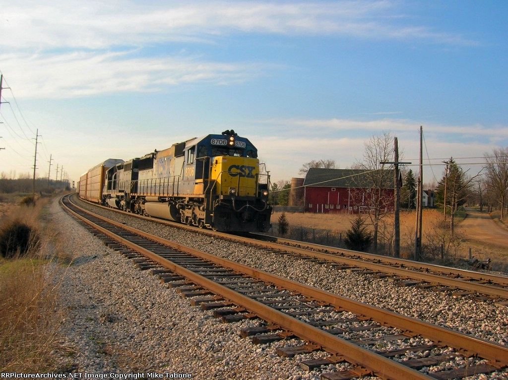 CSX 8706 Q323-6 in a Country Setting