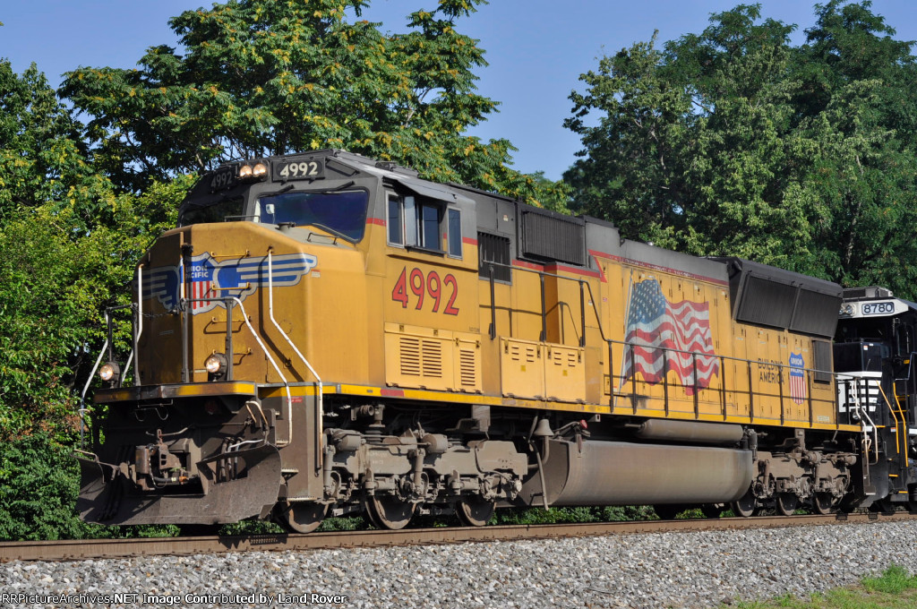 UP 4992 On NS 48 G Eastbound