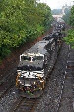 NS EB freight