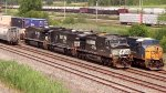CSX WB Intermodal meets NS H3R