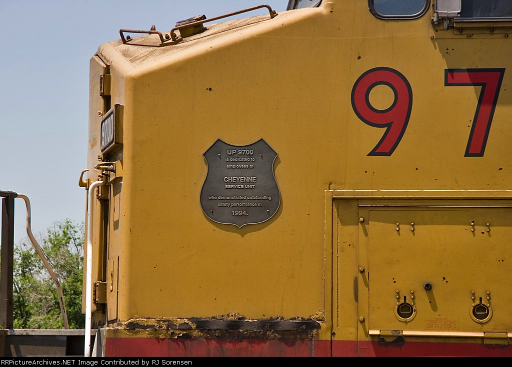 UP 9700 with the 1994 Cheyenne Service Unit Safety Award