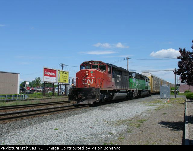 Late Running Q254 coming south into town
