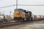 Q118 descends the grade at Mt Vernon St approaching  the NYSW interchange