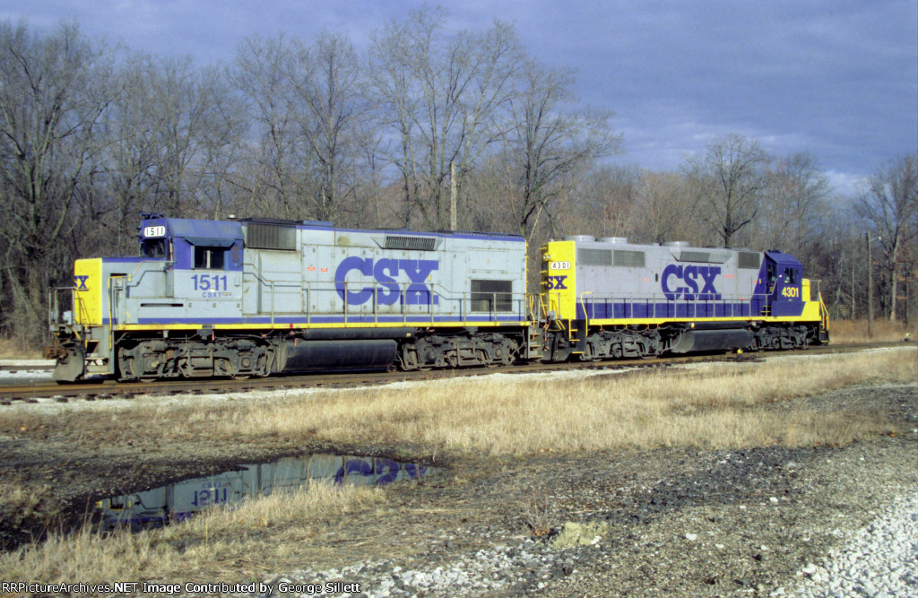 CSX 1511, and 4301 at Deforest Junction