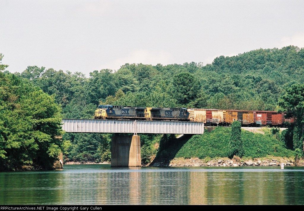 Southbound CSX Freight crossing Lake Altoona