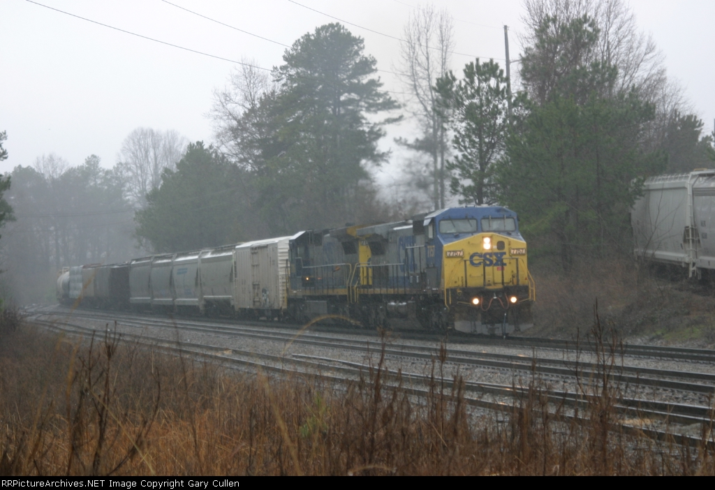 CSX Manifest with wipers on high