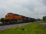 "NS Train #172 with BNSF ""Swoosh"" Lead Unit northbound"