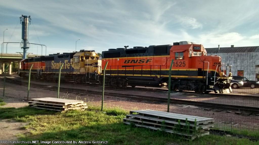 BNSF 1525, 2785 & 2040