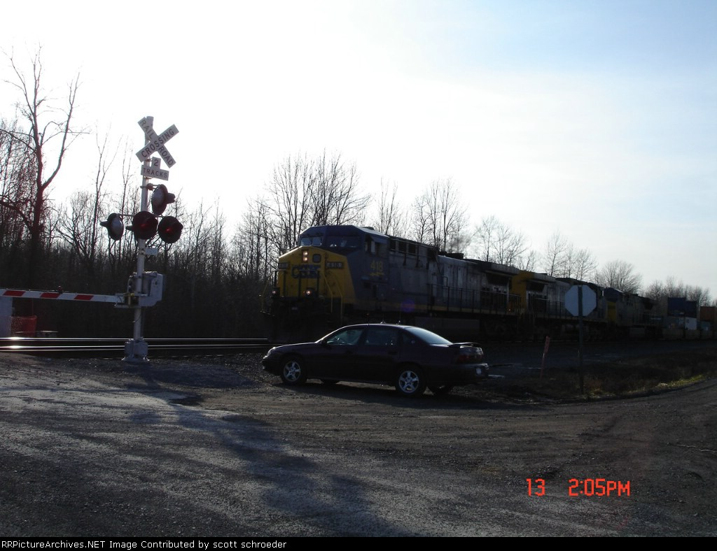 CSX 418 heads EB on the #1 Track