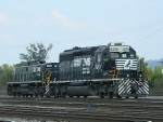 NS 6201 (SD40-2)  850 (MT6)