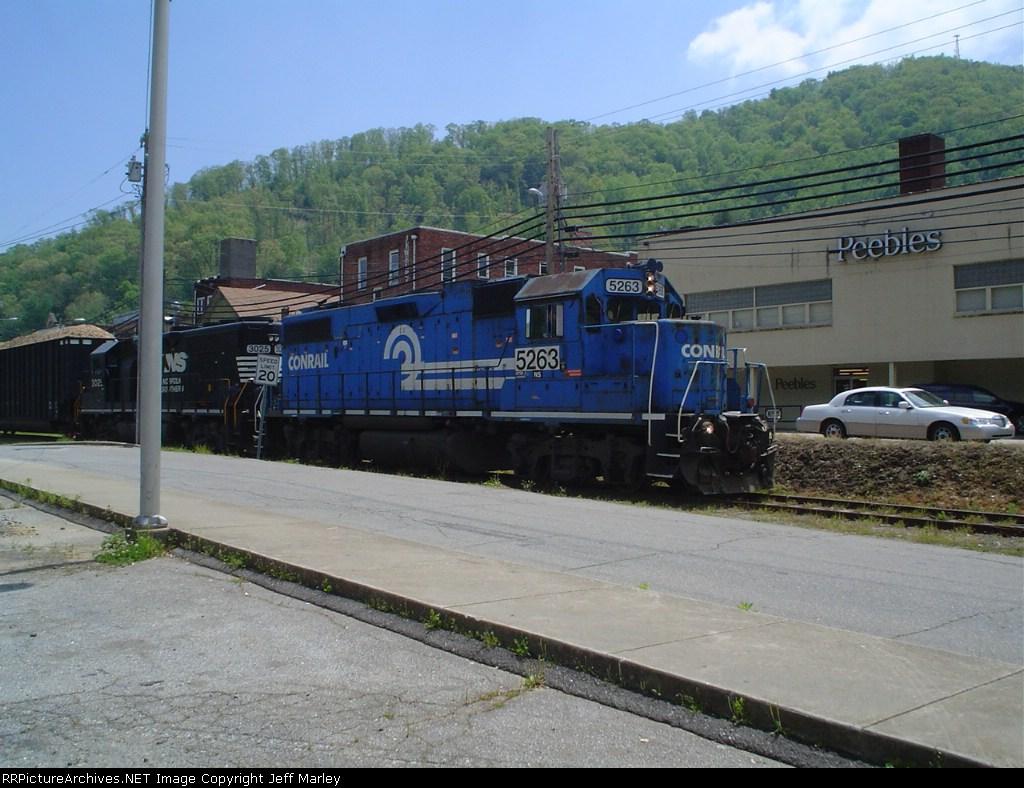 Railroad St