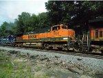 BNSF 1052 & MEC 607