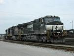 NS 9654 (C40-9W) 8414 (C40-8W) 2505 (SD70)