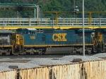 CSX 7698 (C40-8W)