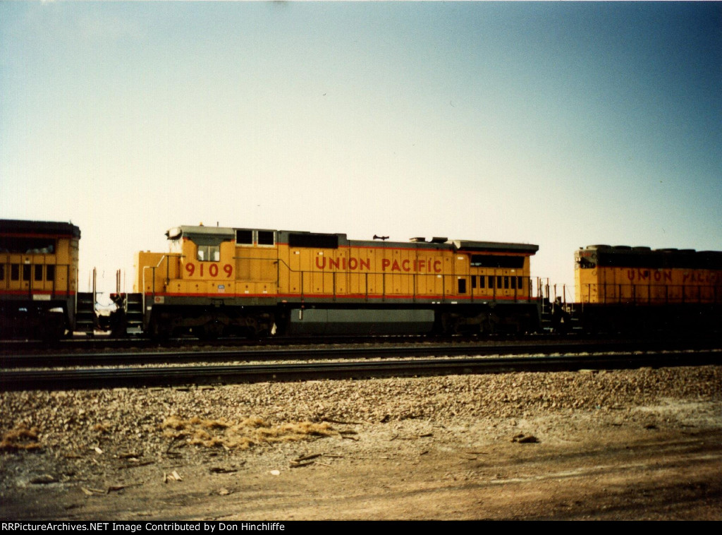 UP 9109 - C40-8 - Laramie WY