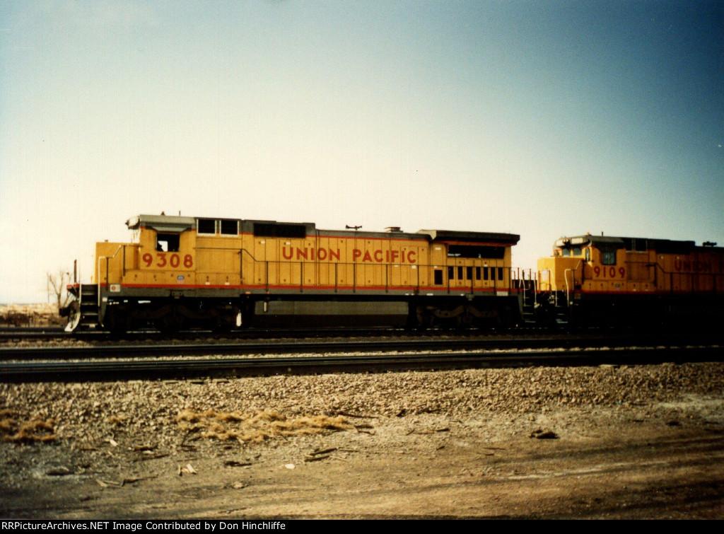 UP 9308 - C40-8 - Laramie WY