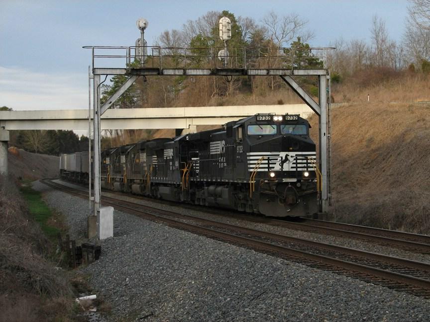 Feb 23, 2006 - Train 213 with 9732