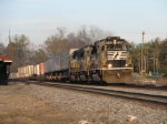 Mar 22, 2006 - NS 7120 leads train 213