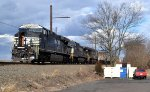 NS ES44AC 8031 leads 17G
