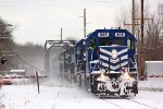 With 6 units in tow, Z127 Kicks a dusting of snow heads north thru Bridgeport.
