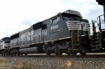 NS SD60E 6910 now fourth out on 17G