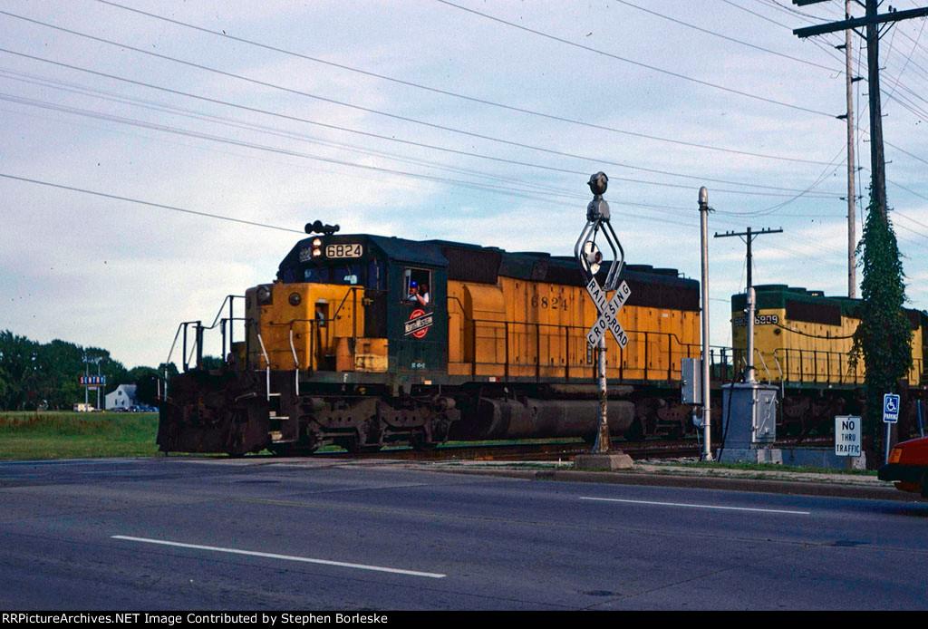 CNW 6824