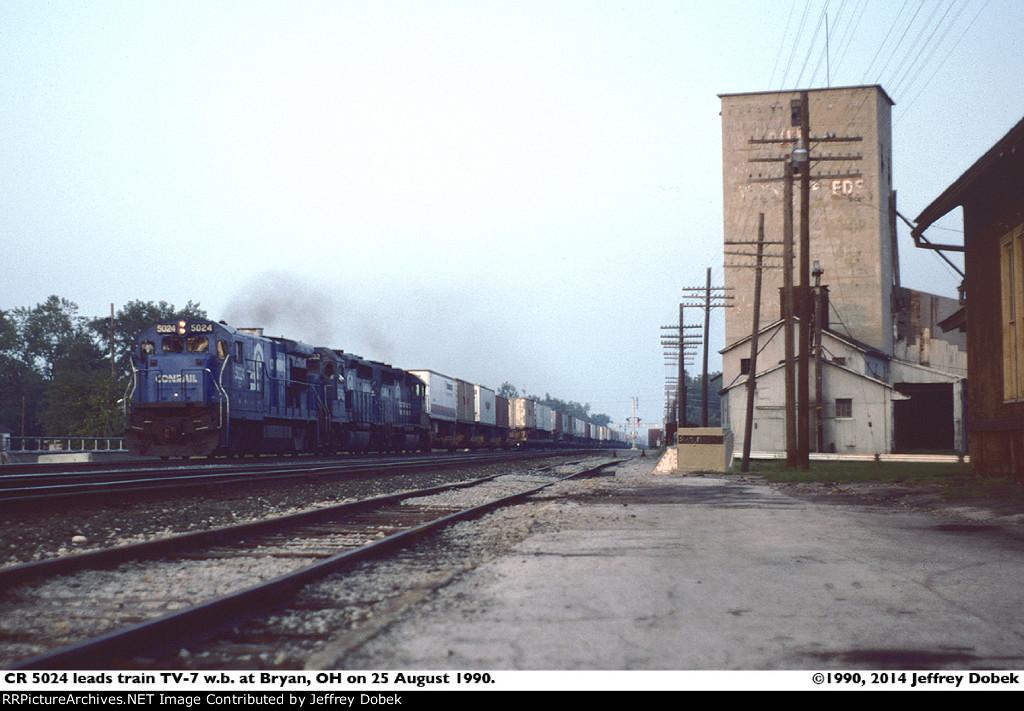 Conrail TrailVan
