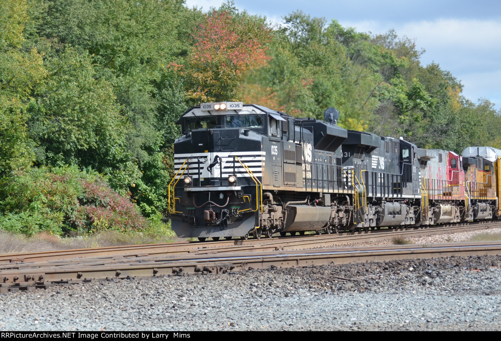 NS 1035 heads toward the diamond at Wellsboro with mix bag of power on the CN