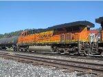 BNSF 7203 Trails on QSTPVJ