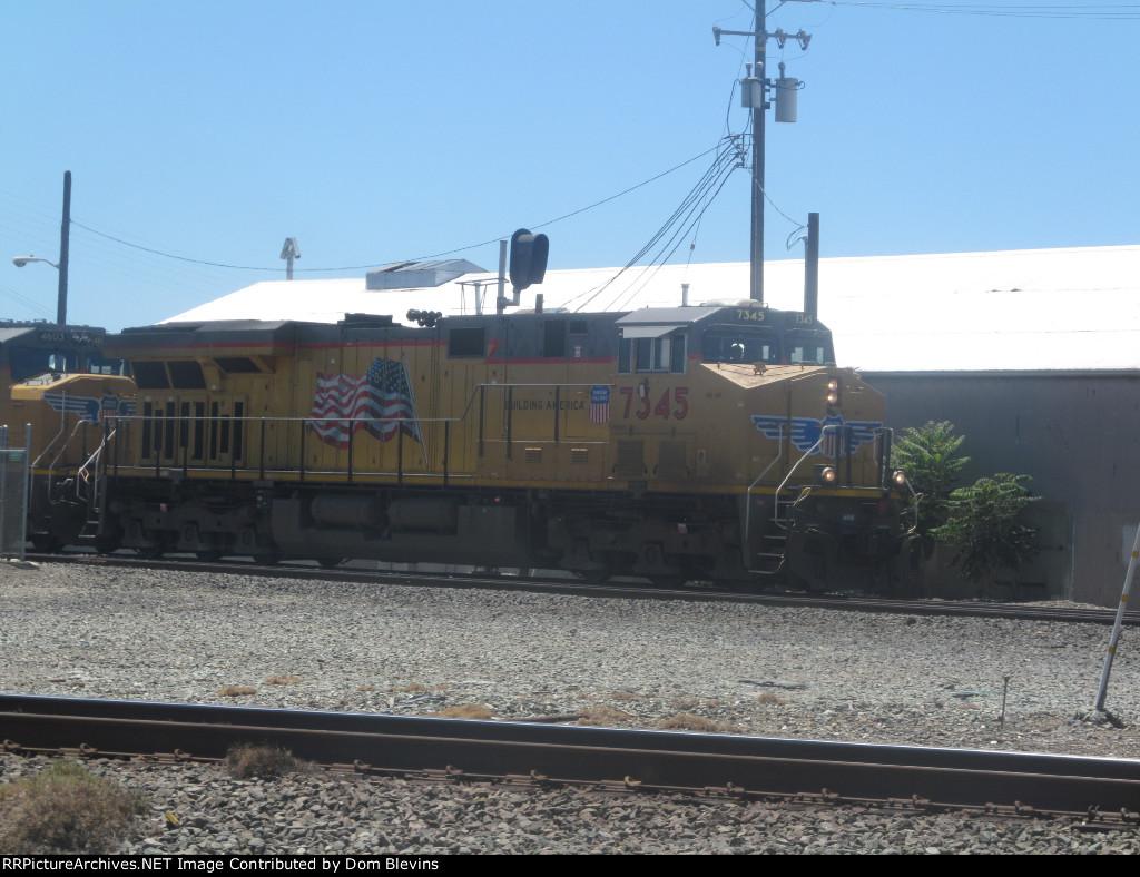 UP Z Train Departs Stockton