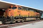 BNSF 5627 on lease to Metrolink