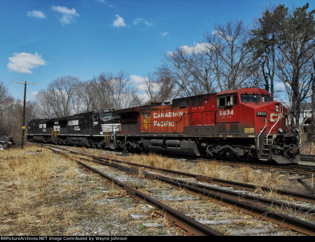 Autorack Train 206