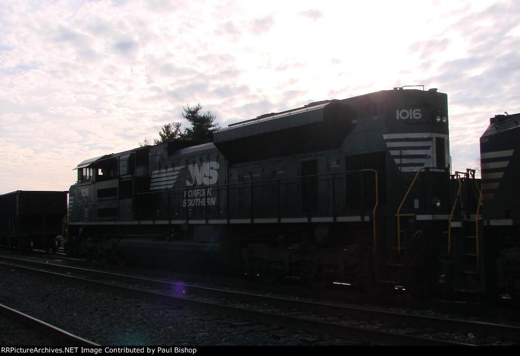 NS 1016 rear