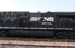 NS 8118 middle