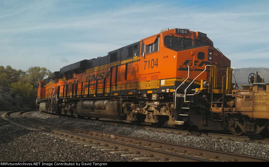 BNSF 7104