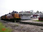 SWP & AVR GP11's, depot AND a caboose in one shot!