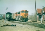 BN 2733 and BNSF 1041